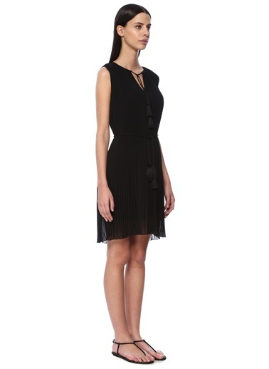 NetWork Kolsuz Kısa Elbise Siyah
